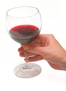 Moderate Drinking Causes Better Cognition In Women
